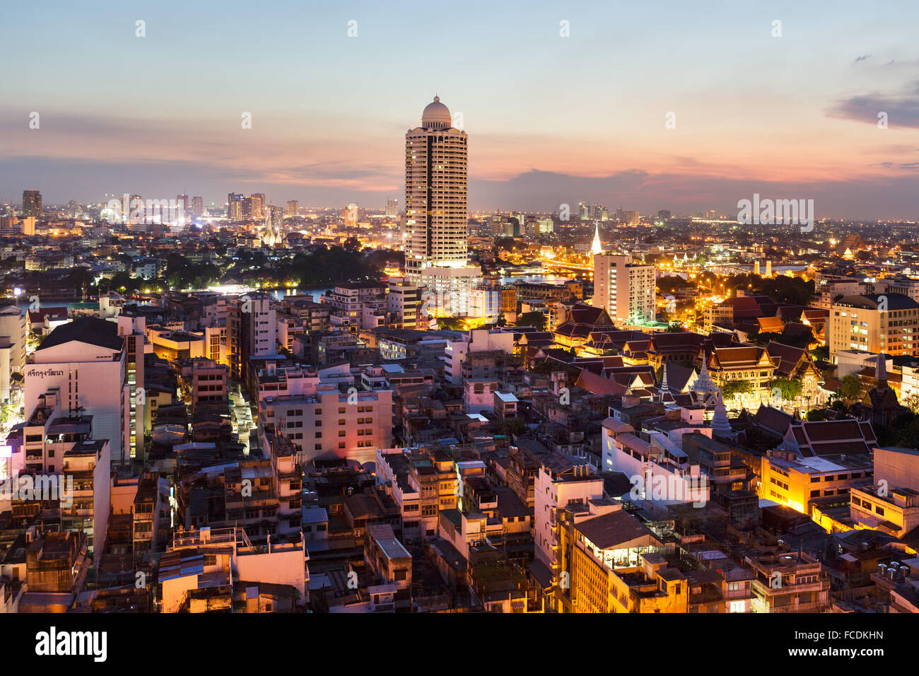City view, River Park Condominium, tower at Menam Chao Phraya, dusk, panoramic view from Grand China Hotel, Chinatown, - Stock Image
