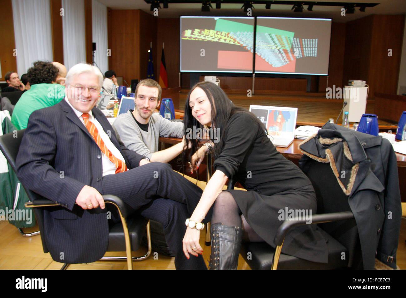 Frank Walter Steinmeier u.a. - Treffen der Organisatoren der 'Europaeischen Clubnacht' mit dem deutschen - Stock Image