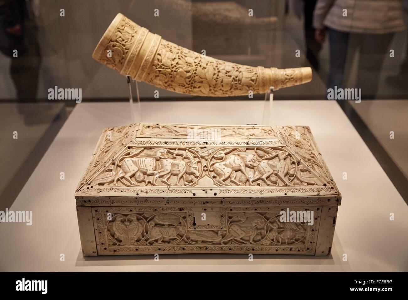 Signal horn (Olifant) mit figürlichem Dekor, Unteritalien oder Sizilien, Elfenbein, Flachrelief, Pergamon Museum, Berlin, Stock Photo