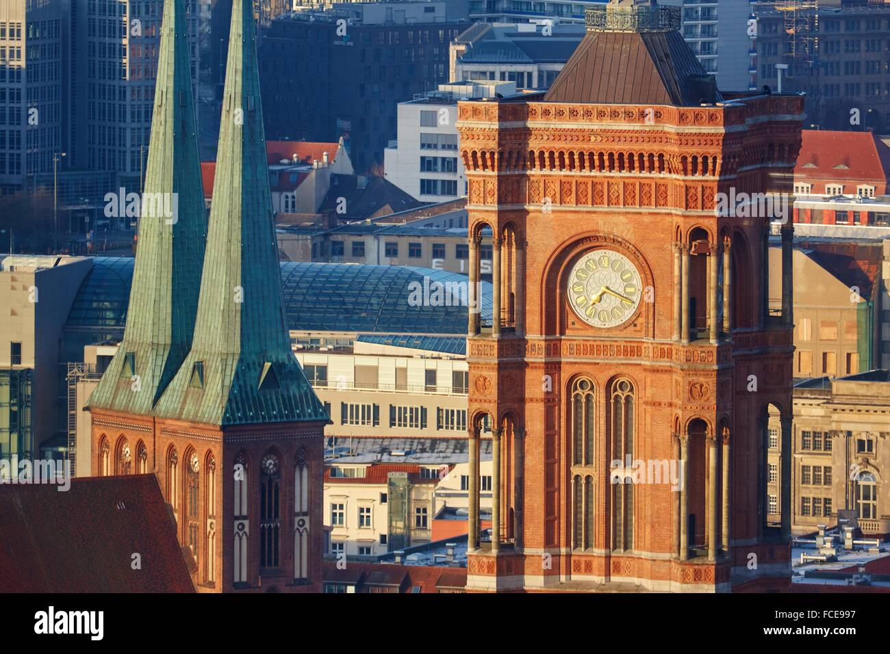 Rotes Rathaus Red City Hall, Alexanderplatz, Berlin, Germany. - Stock Image
