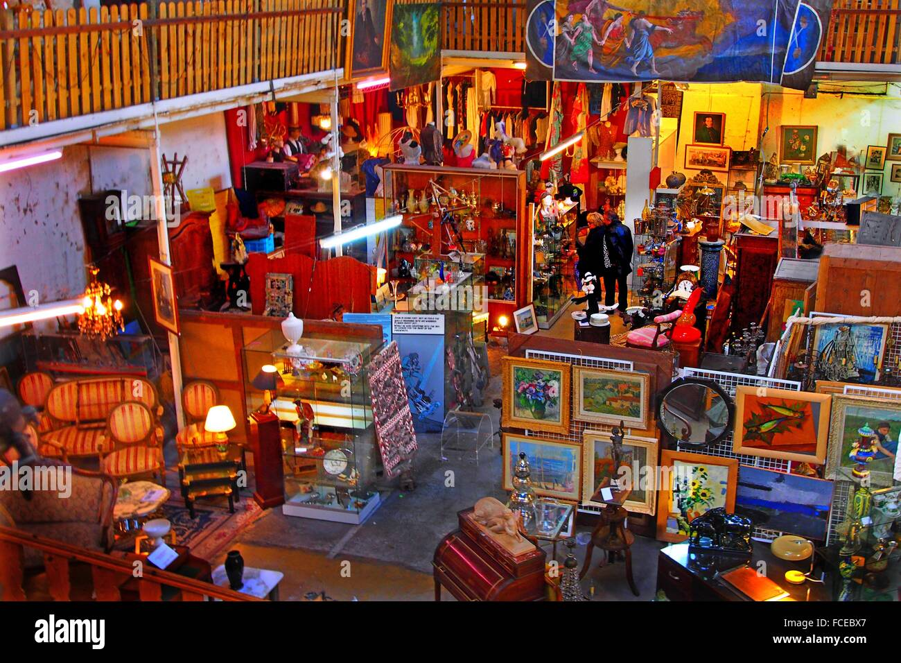 Second hand shop at Saint Michel, at Bordeaux, Gironde, Aquitaine, France - Stock Image