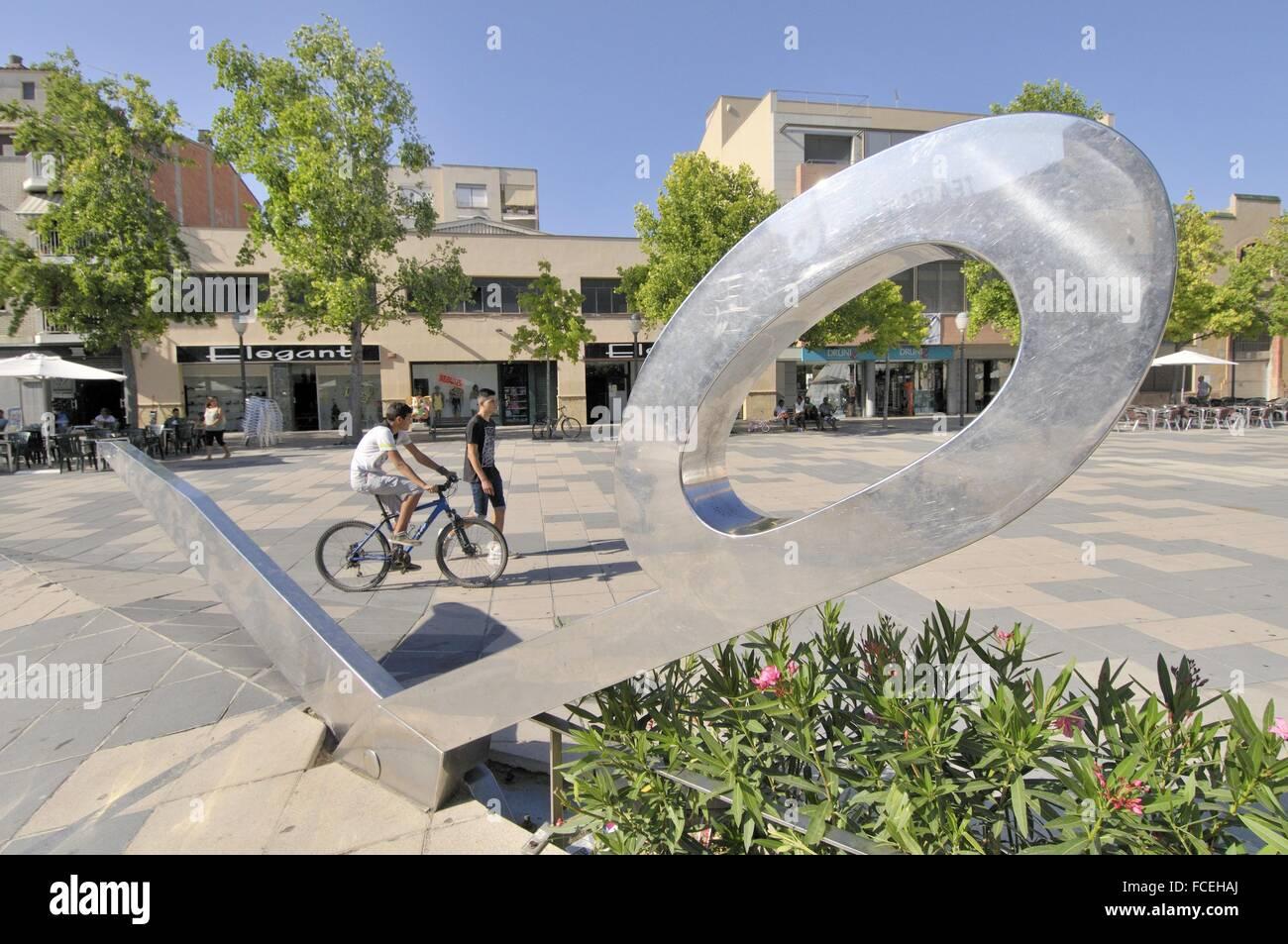 Cal Font square. Scissors Sculpture. Igualada, capital of Anoia Comarca, Barcelona, Catalonia, Spain - Stock Image