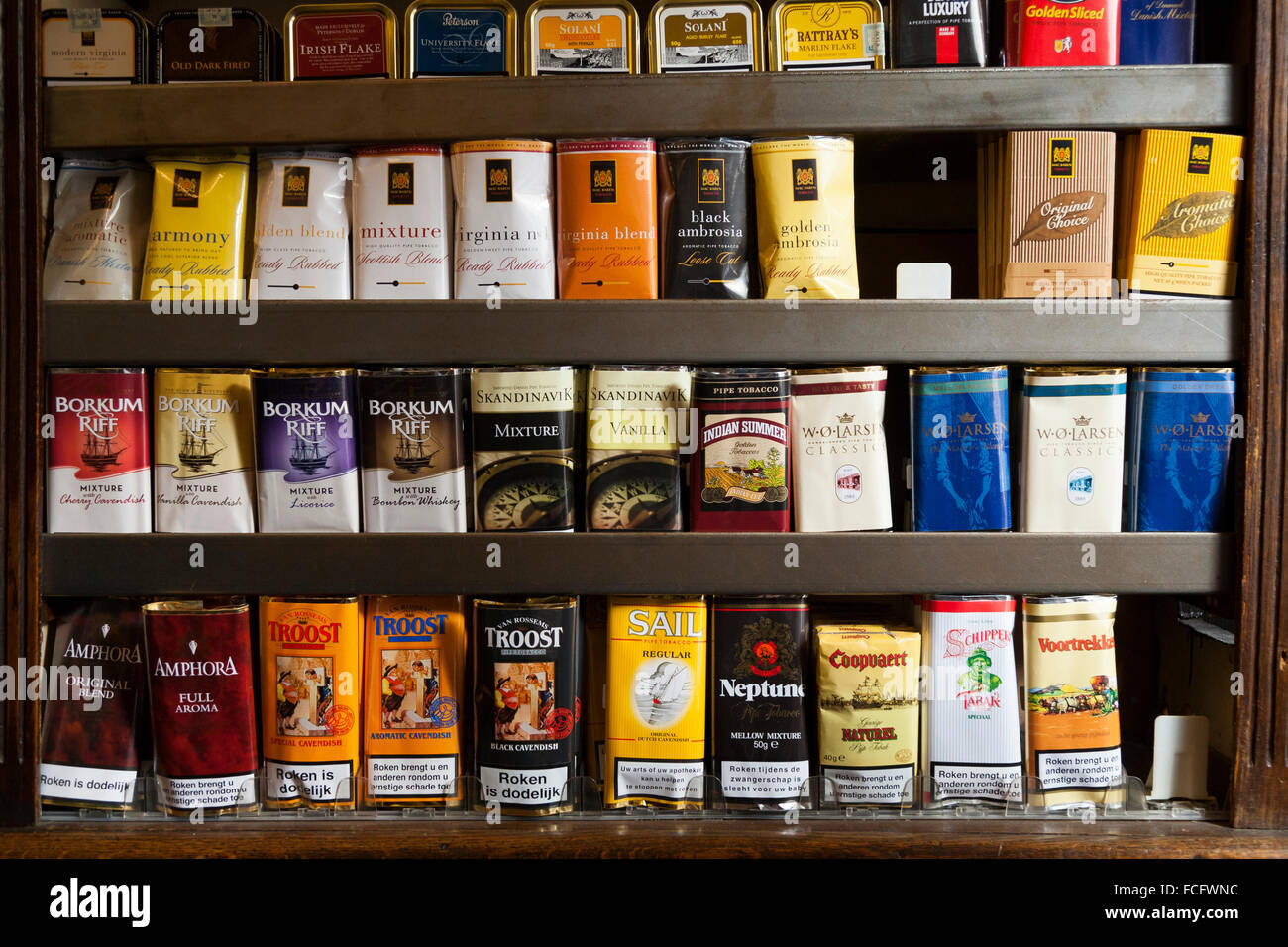 Tobacconist S Shop Selling Rolling Tobacco Products