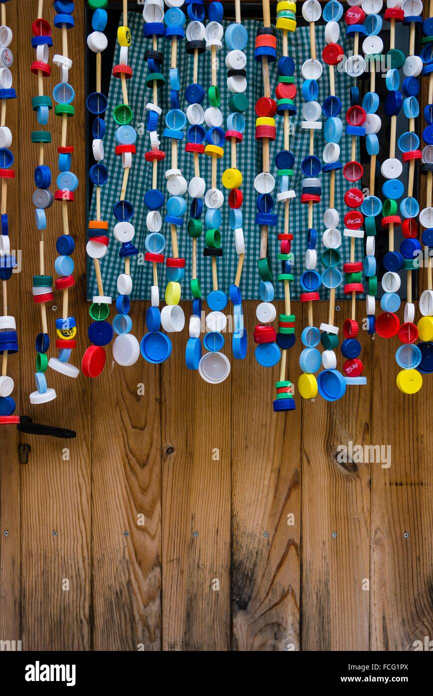 cortina de tapones reciclados, Mariano , Estellencs, Mallorca, balearic islands, spain, europe. - Stock Image