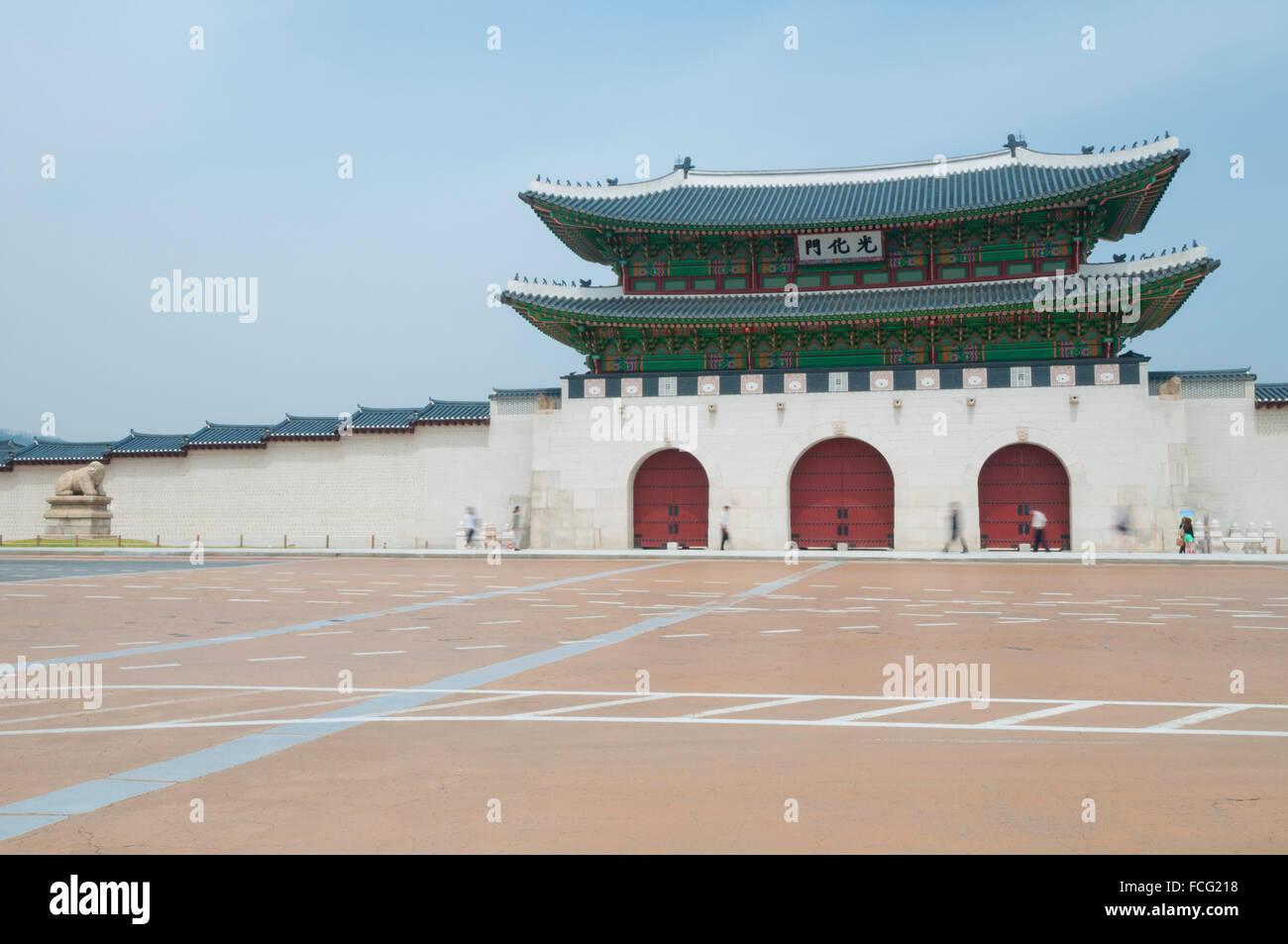 Gwanghwamun, main gate, Gyeongbokgung Palace, Jongno-gu, Seoul, South Korea Stock Photo