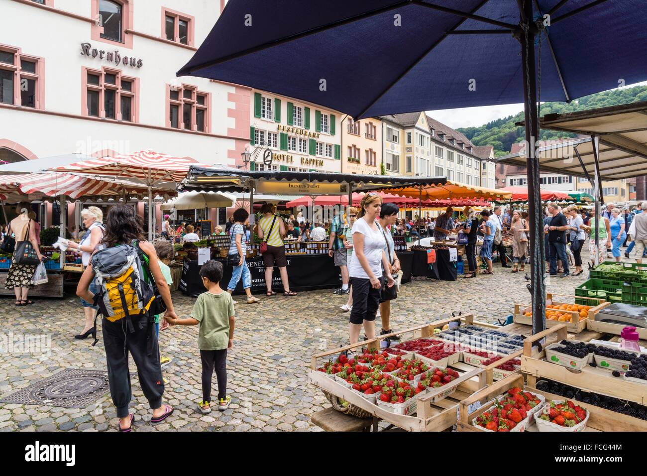 mercado al aire libre m nsterplattz friburgo de On piedra para el mercado al aire libre