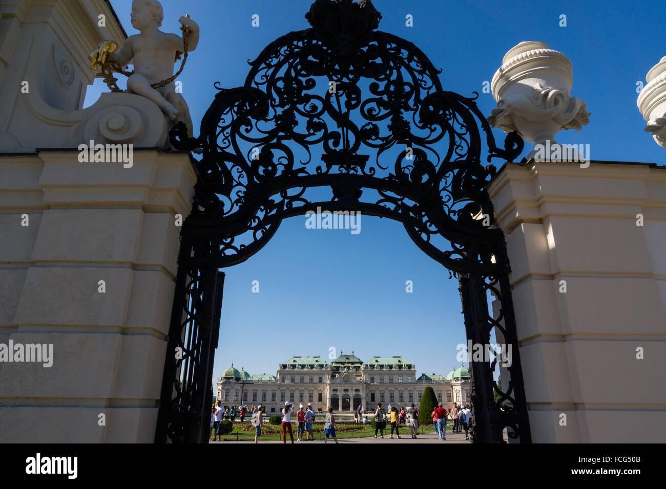 Palacio Belvedere , estilo barroco, construido entre 1714 y 1723 para el príncipe Eugenio de Saboya, Viena, Austria, Stock Photo