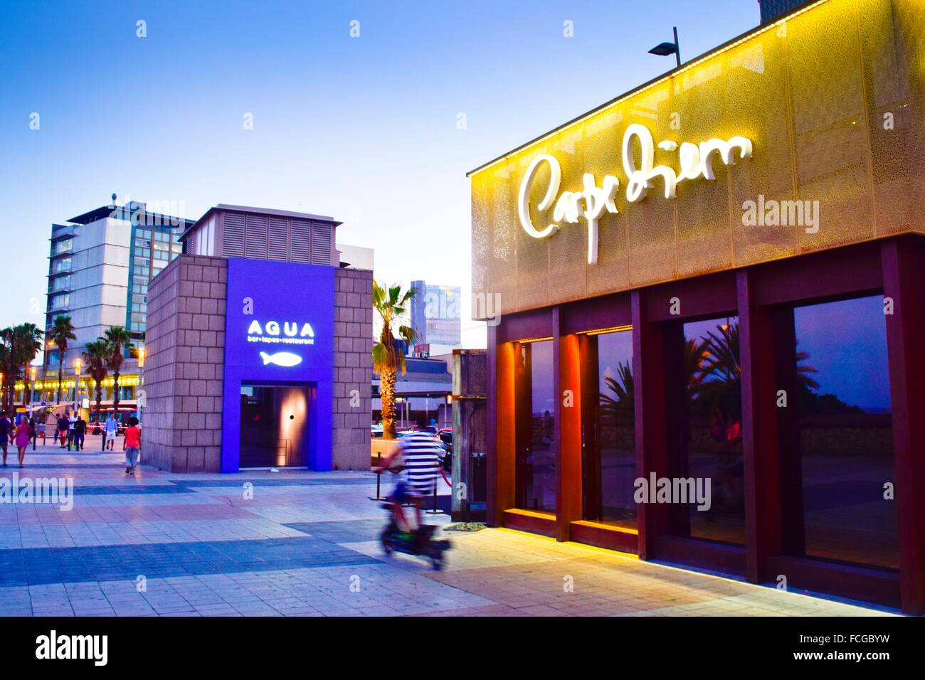 Carpe diem restaurant agua bar hospital del mar building for Carpe diem barcelona