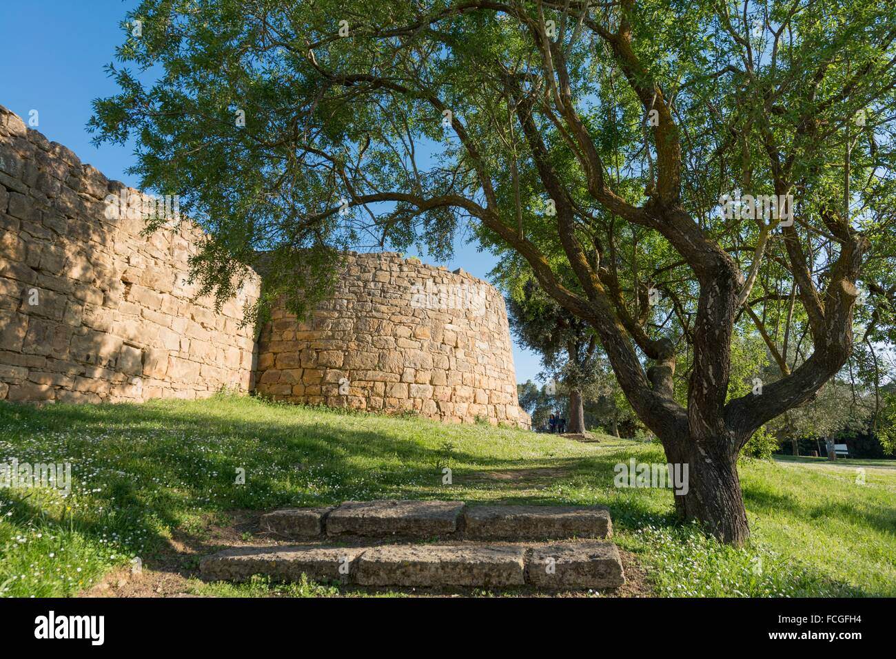 Remains of a strategic location of the Indigetes from the pre-Roman period, Ullastret, Spain. - Stock Image