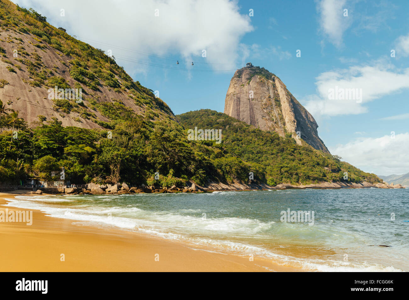 Brazil Rio de Janeiro Morro da Urca and ropeway to Sugarloaf Mountain Stock Photo
