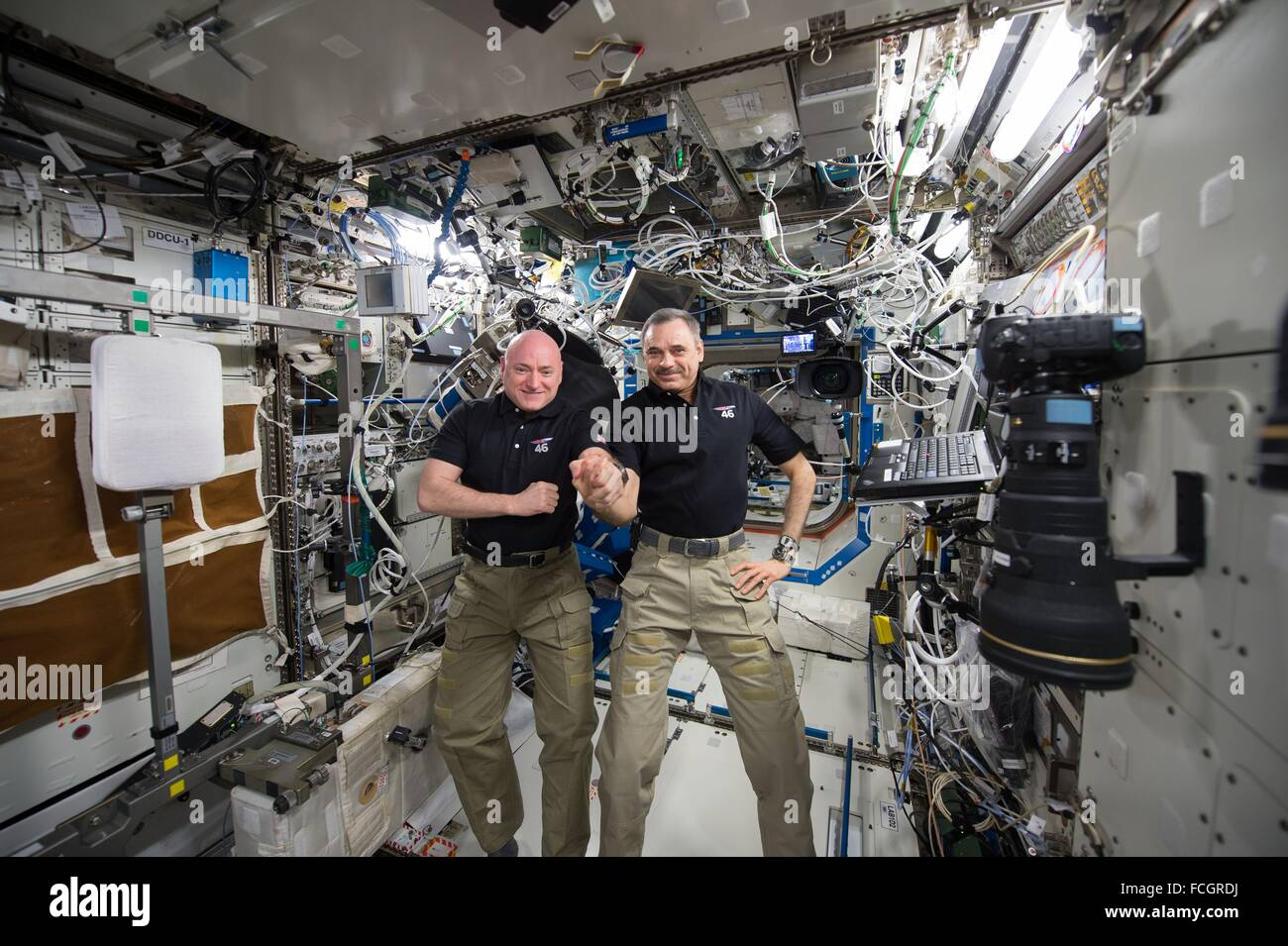 International Space Station. 21st January, 2016. The Expedition 45 crew members NASA astronaut Scott Kelly (left) - Stock Image
