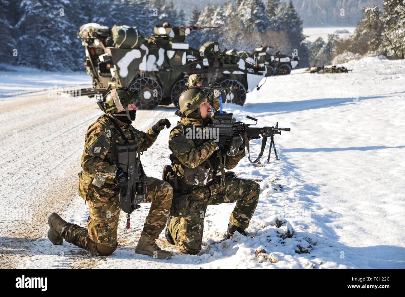 Hohenfels Army base, Germany. 21st January, 2016. Slovenian soldiers with the 3rd Company, 10th Regiment during - Stock Image