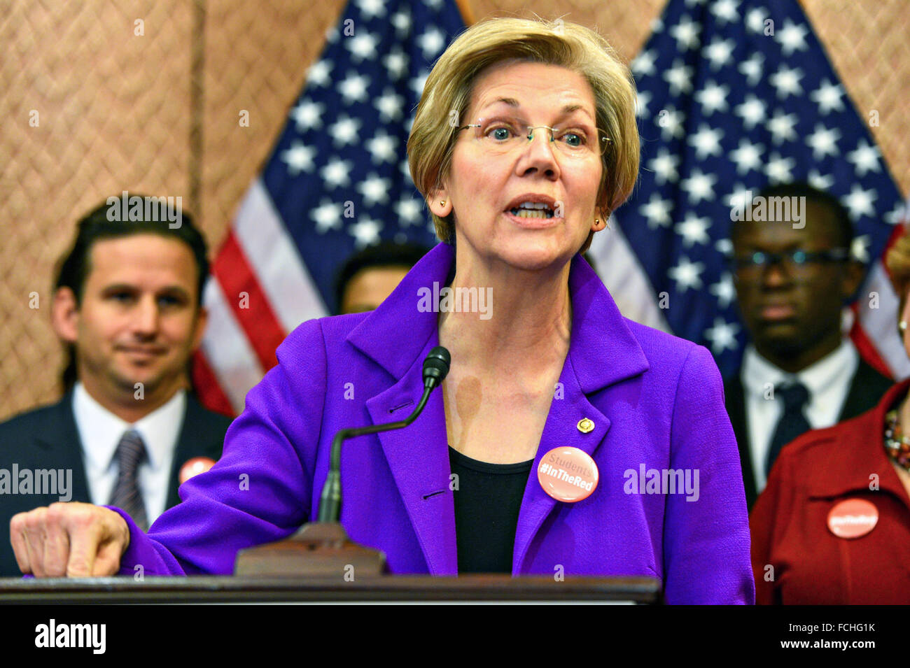 US Senator Elizabeth Warren comments on new Democratic legislation on college affordability called In the Red during - Stock Image