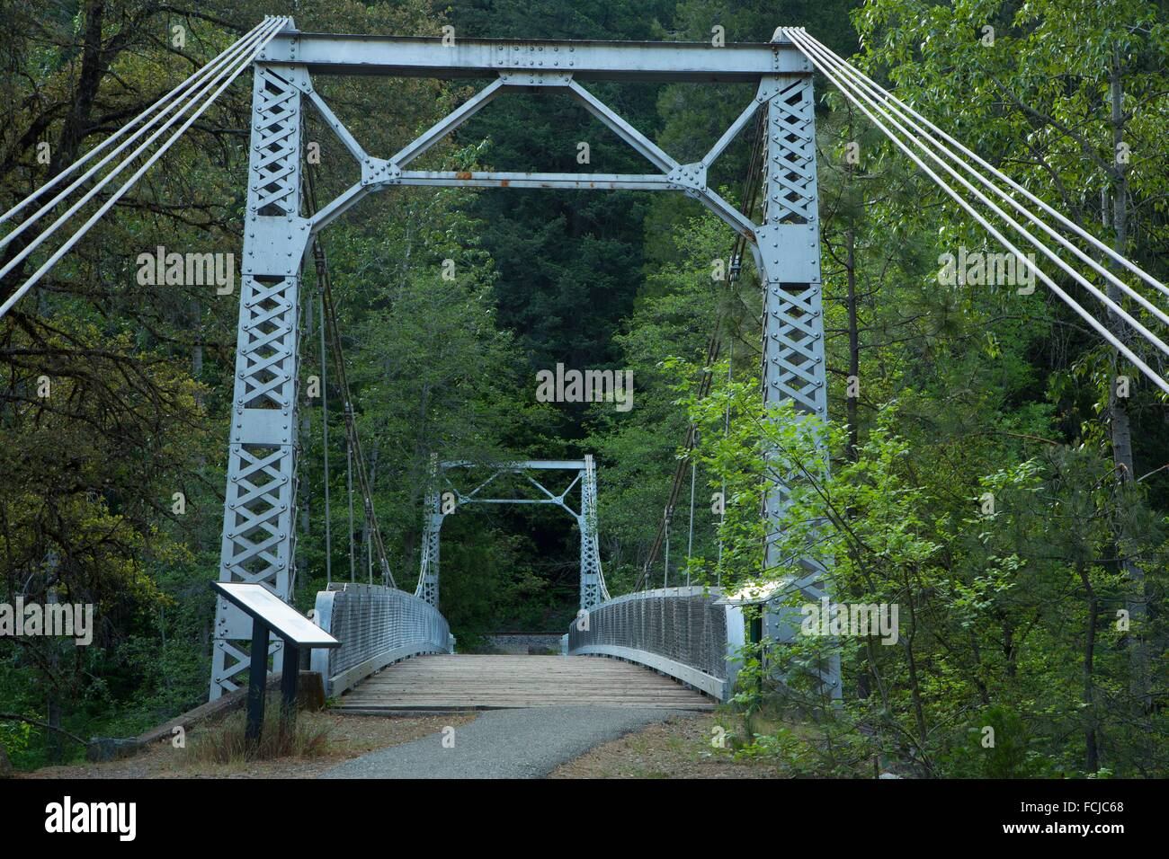 Sims Bridge at Sims Flat Campground, Shasta-Trinity National Forest ...