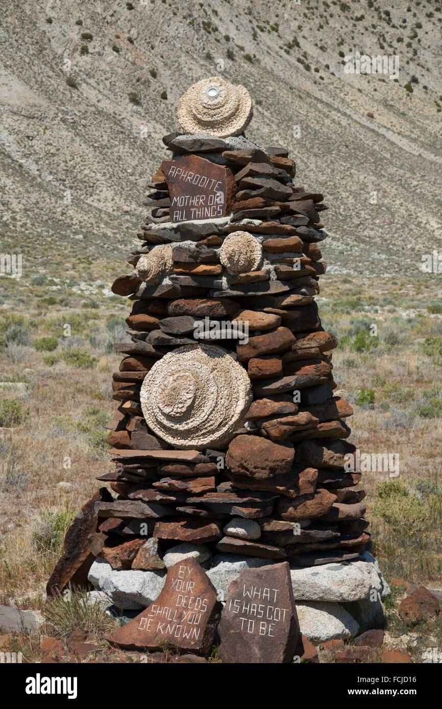 Aphrodite Mother of All Things sculpture, Guru Road, Gerlach, Nevada. - Stock Image