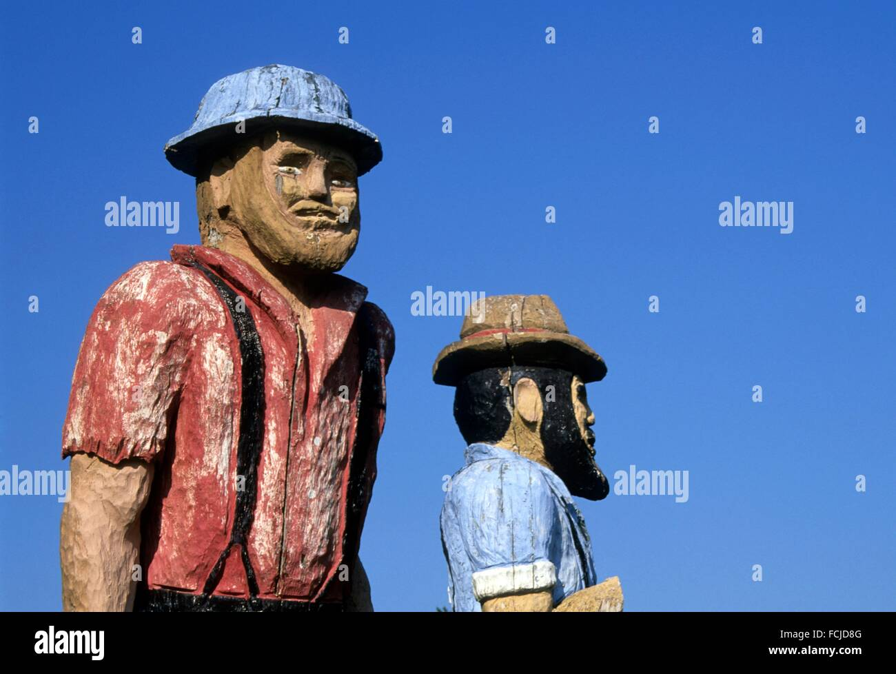 Chainsaw sculptures at Shea Point, Foster Lake, Linn County, Oregon. Stock Photo