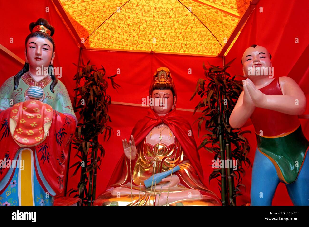 Altar, celebration of Chinese New Year, Year of the Goat, Barcelona, Catalonia, Spain - Stock Image