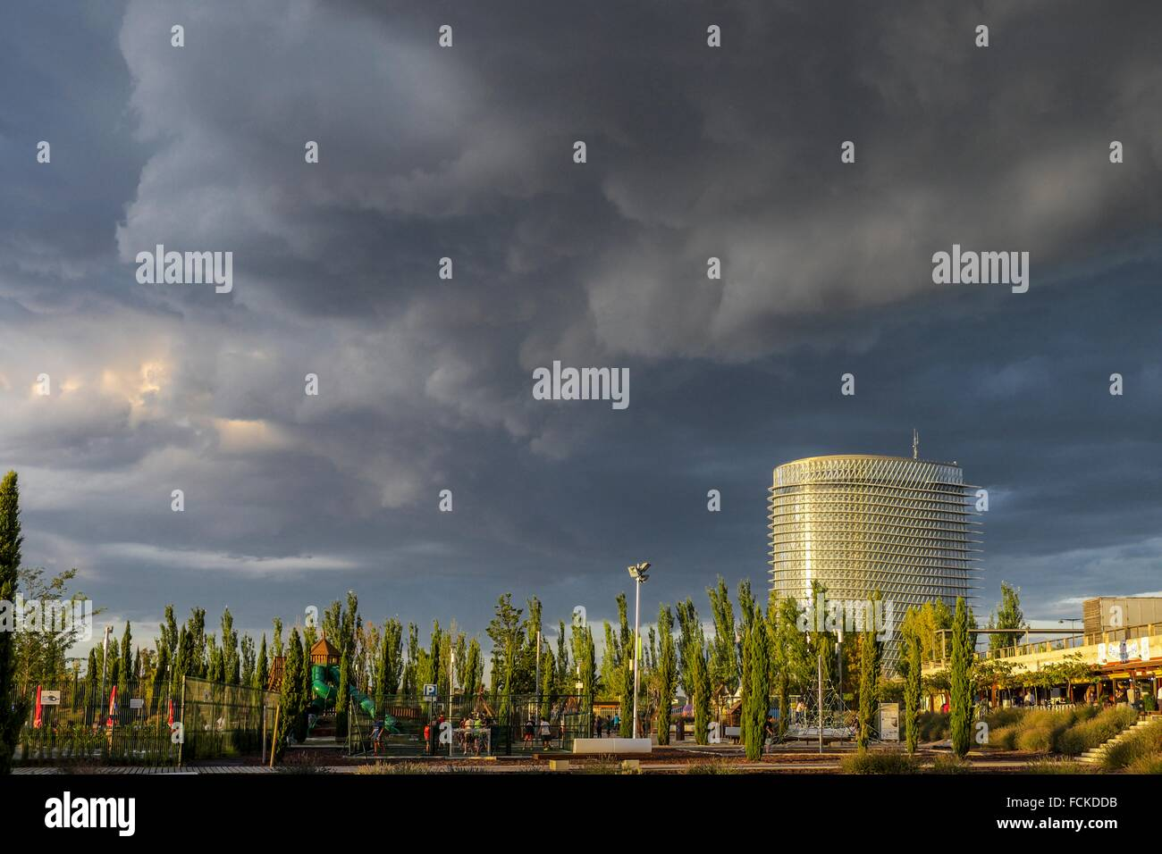 Tower of Water designed ny Enrique de Teresa during a summerly storm, Saragossa, Aragón, Spain Europe. - Stock Image
