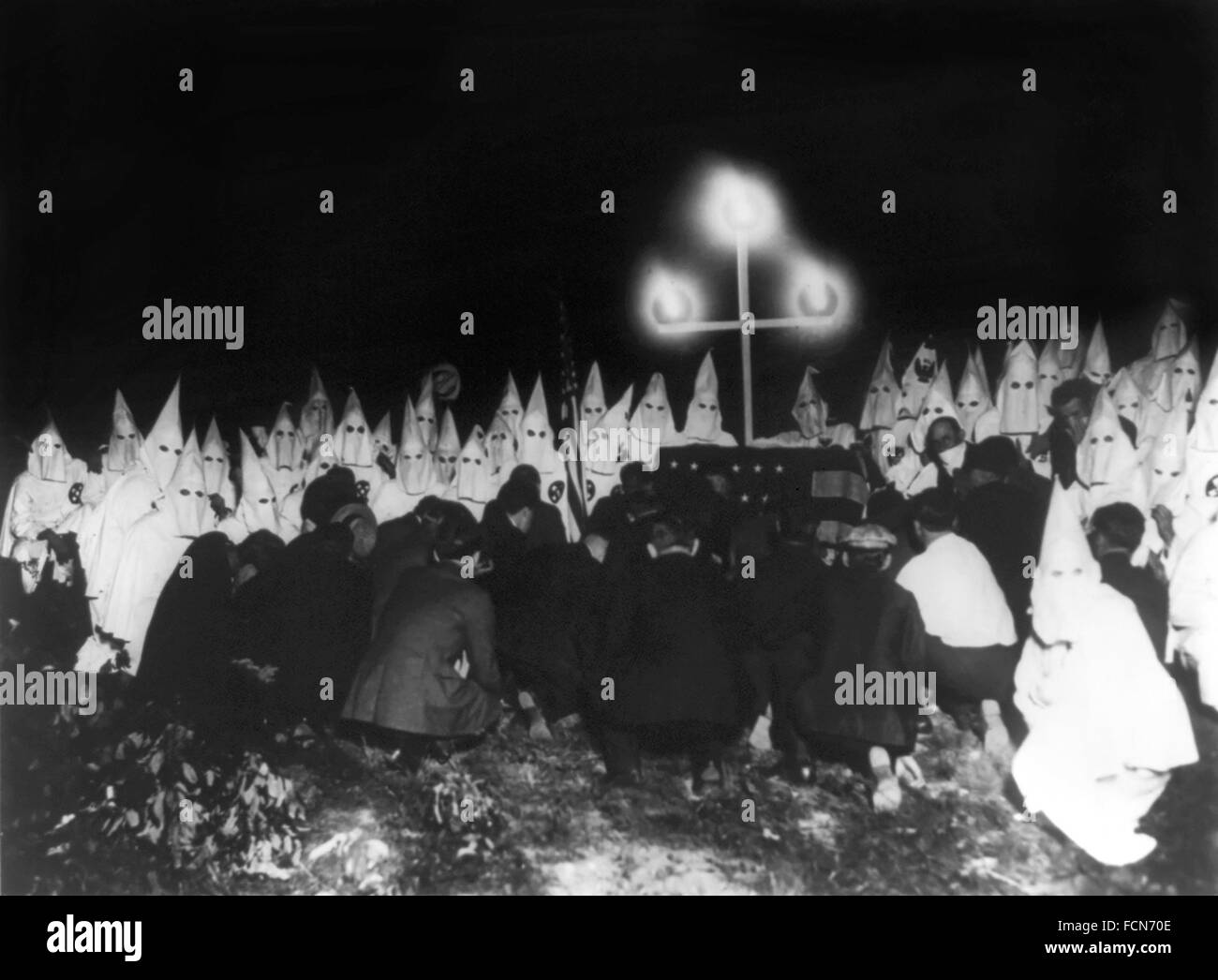 Ku Klux Klan assembled to receive candidates for membership, Washington DC, c.1920-1930 - Stock Image