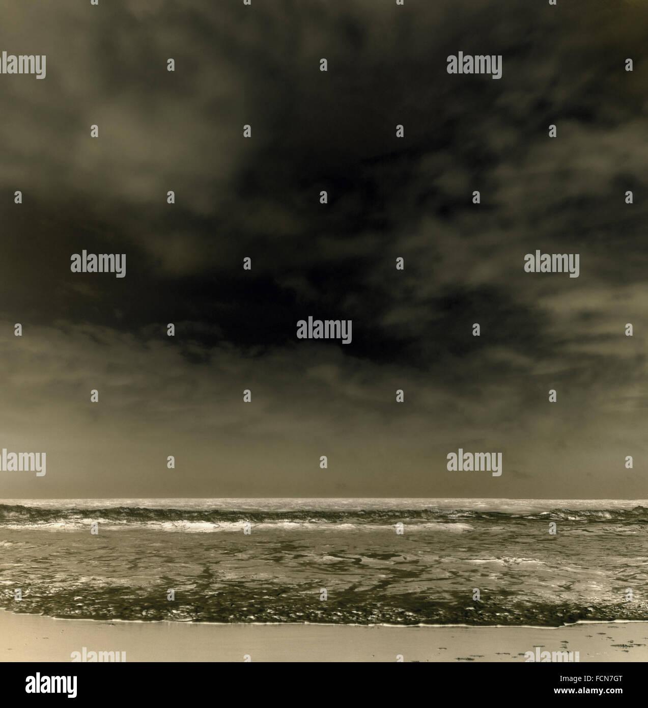 bw ocean waves - Stock Image