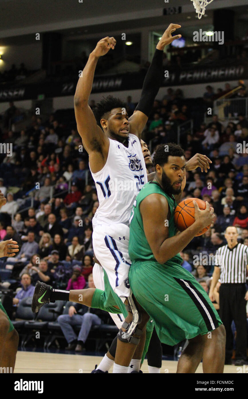 Norfolk, VA, USA. 23rd Jan, 2016. Marshall Thundering Herd forward Ryan Taylor (25) gets the rebound from Old Dominion - Stock Image