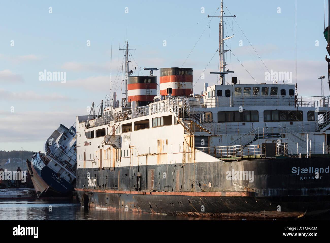 The former Great Belt-ferry Dronning Ingrid/Sjælland at JATOB ship demolition in Frederikshavn. - Stock Image