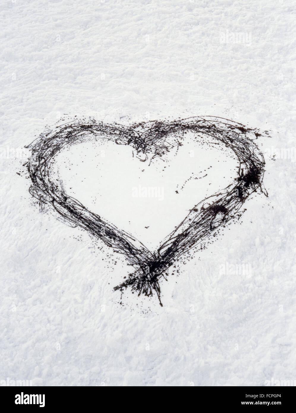 Graffiti Heart Drawn On Snow Stock Photo 93923820 Alamy