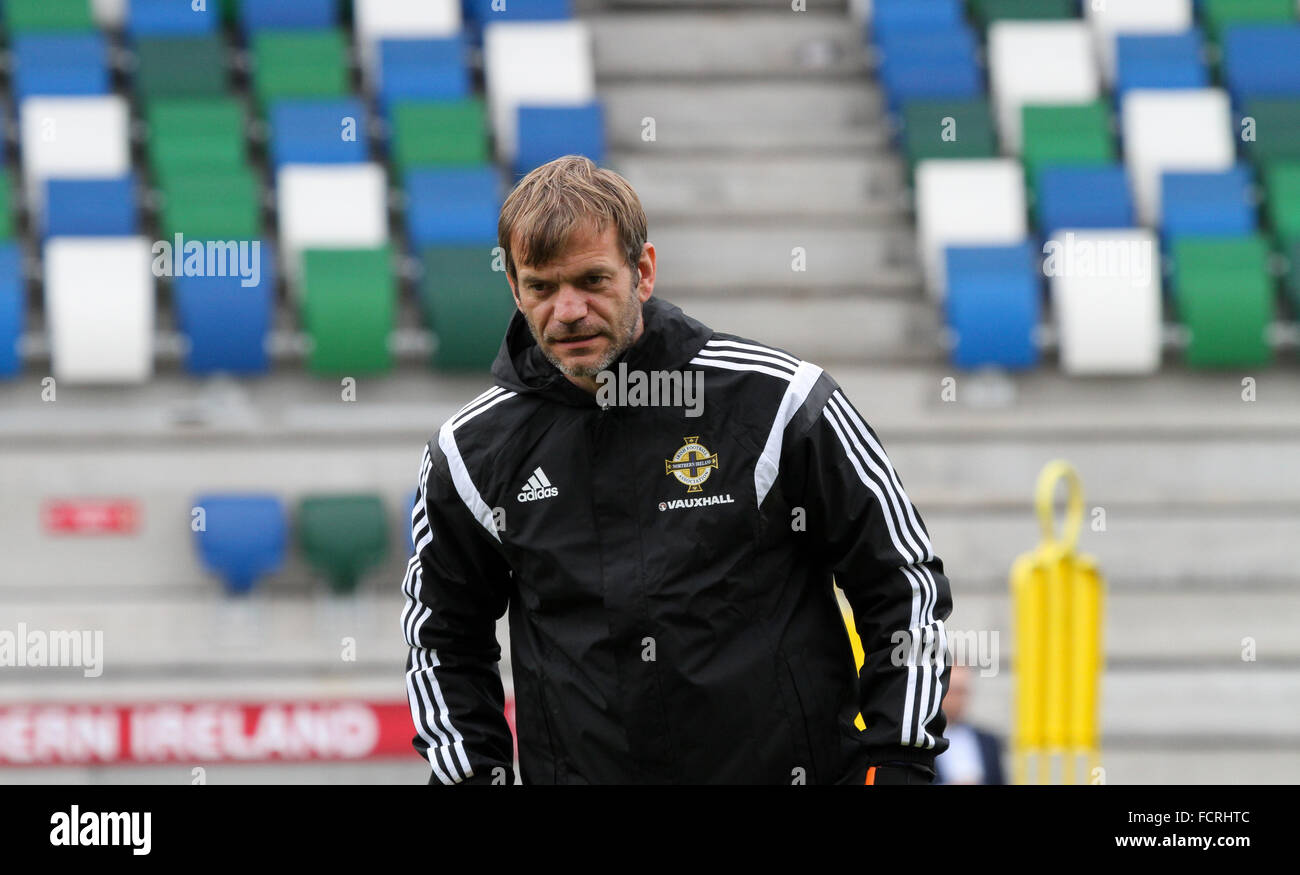 Northern Ireland international Roy Carroll taking part in a Northern Ireland training session (September 2015) - Stock Image