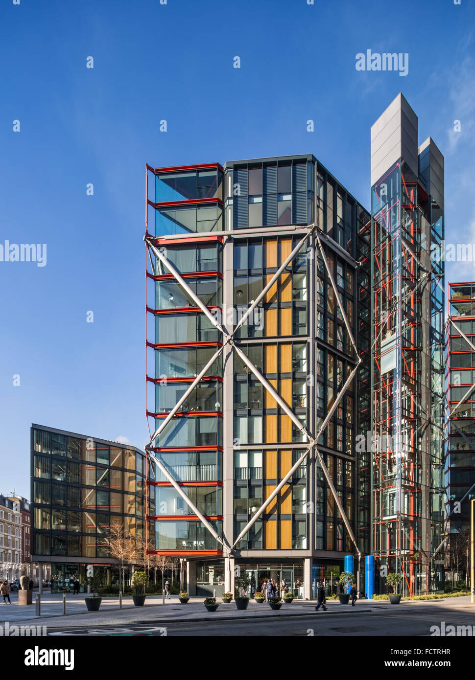 Neo Bankside Apartments designed by Rogers Stirk Harbour + Partners and shortlisted for the RIBA Stirling Prize - Stock Image
