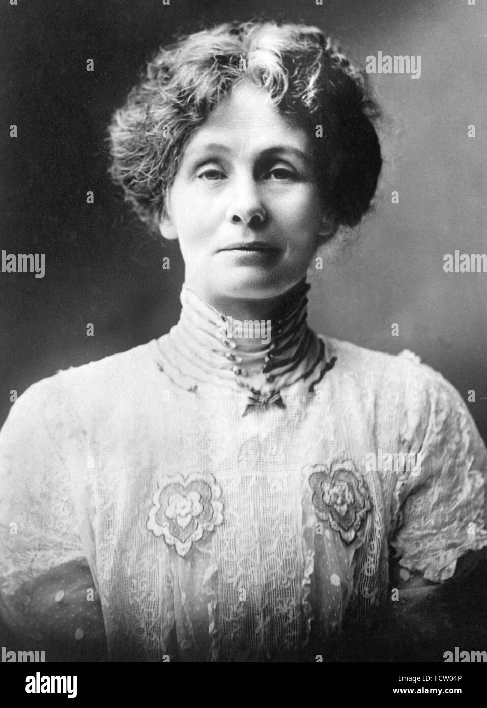 EMMELINE PANKHURST (1858-1928) womens rights campaigner about 1914 - Stock Image