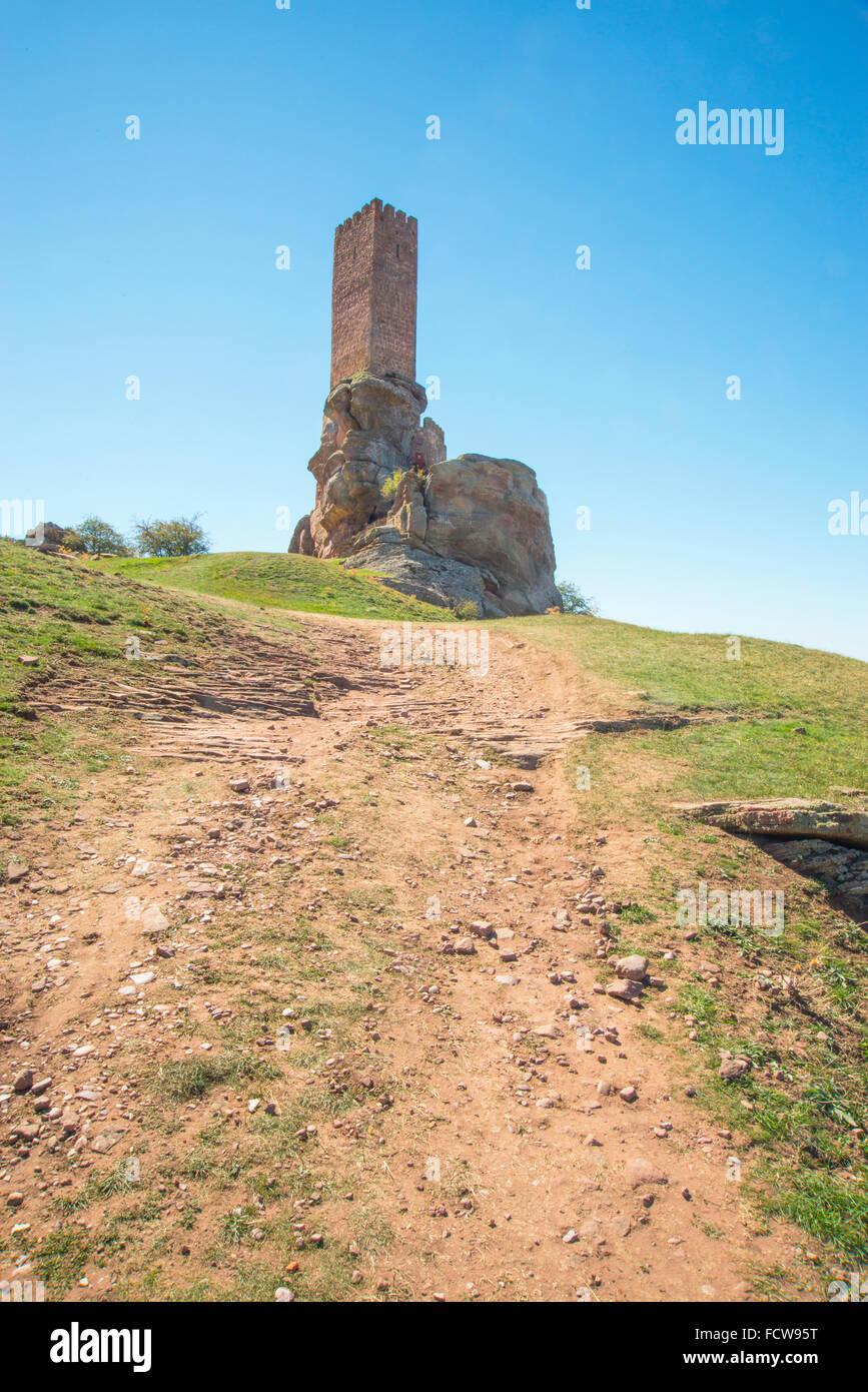 Path to Zafra castle, scenery for Game of Thrones shooting. Campillo de Dueñas, Guadalajara province, Castilla - Stock Image