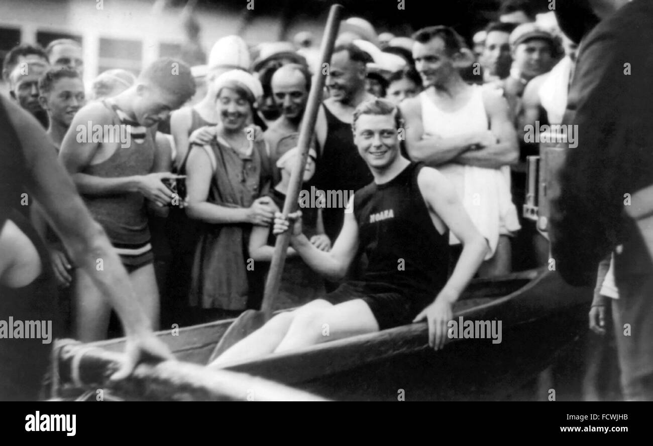 The Duke of Windsor (future King Edward VIII) as a young man on Waikiki Beach, Honolulu, Hawaii, USA c.1920 - Stock Image