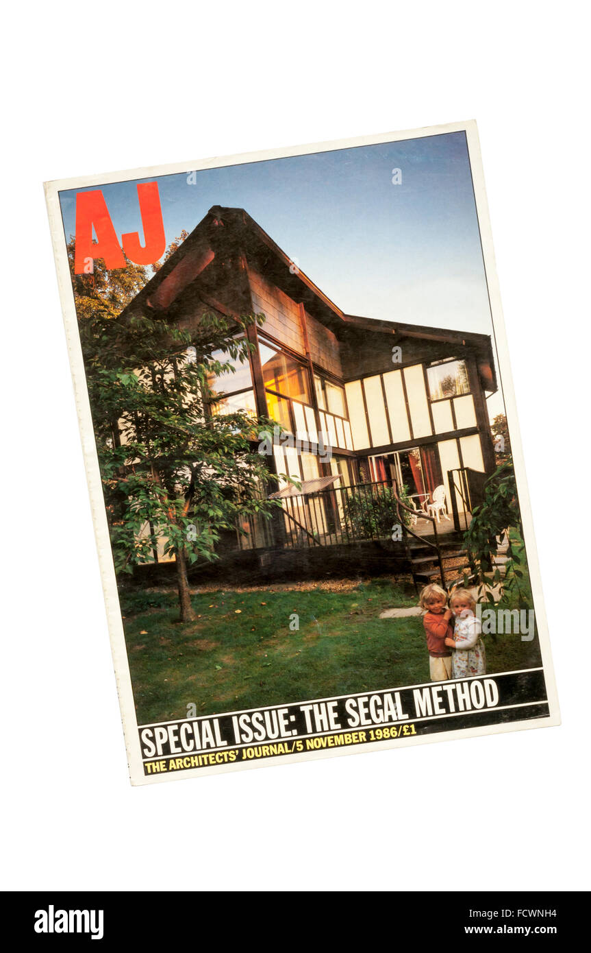 5 November 1986 issue of Architects' Journal.  Cover shows self-build houses by Walter Segal at Sharnbrook. - Stock Image