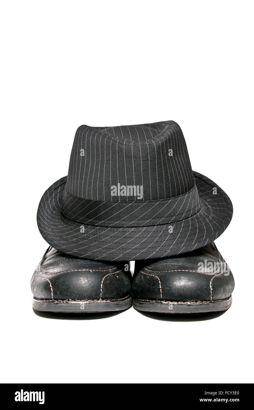1950 circa fedora hat and a pair of dress shoes - Stock Image