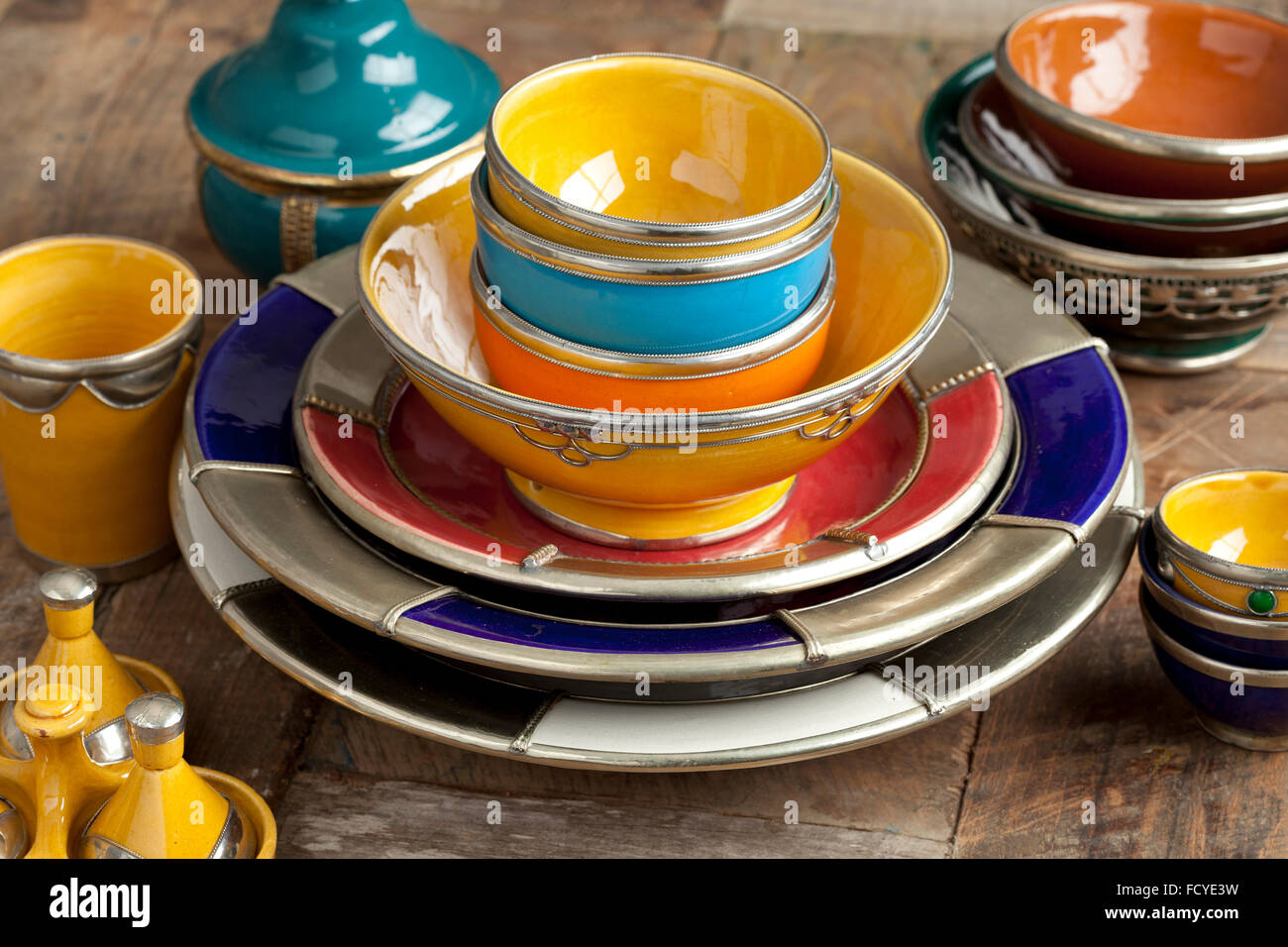 Traditional Colorful Moroccan pottery on the market - Stock Image