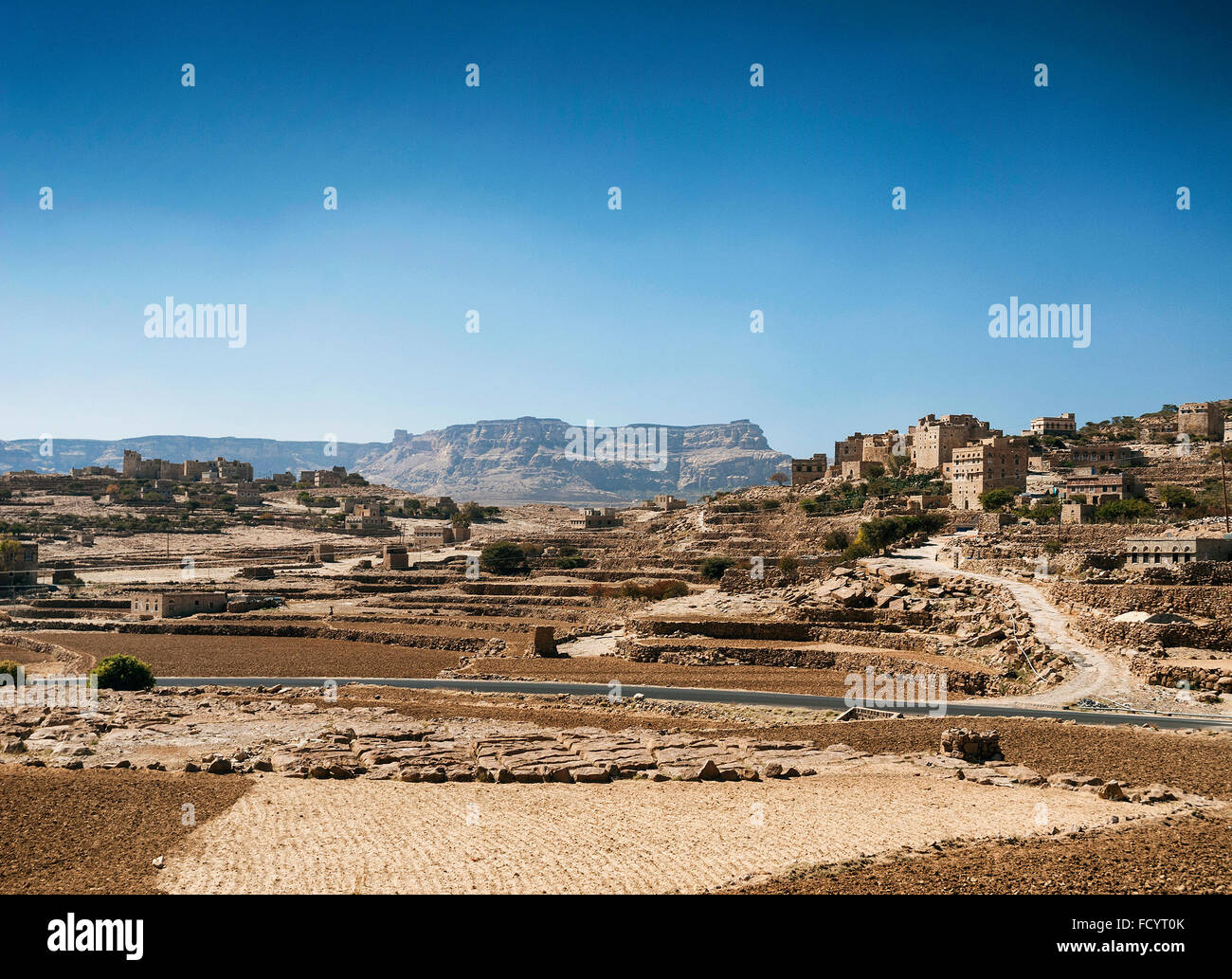 countryside landscape and villages north of sanaa in rural yemen - Stock Image