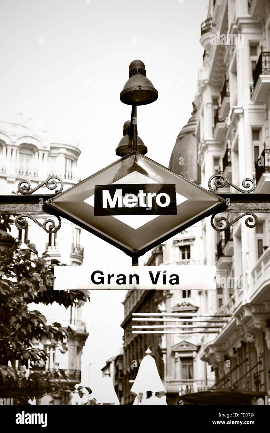 gran via metro station madrid stock photos gran via metro station madrid stock images alamy. Black Bedroom Furniture Sets. Home Design Ideas