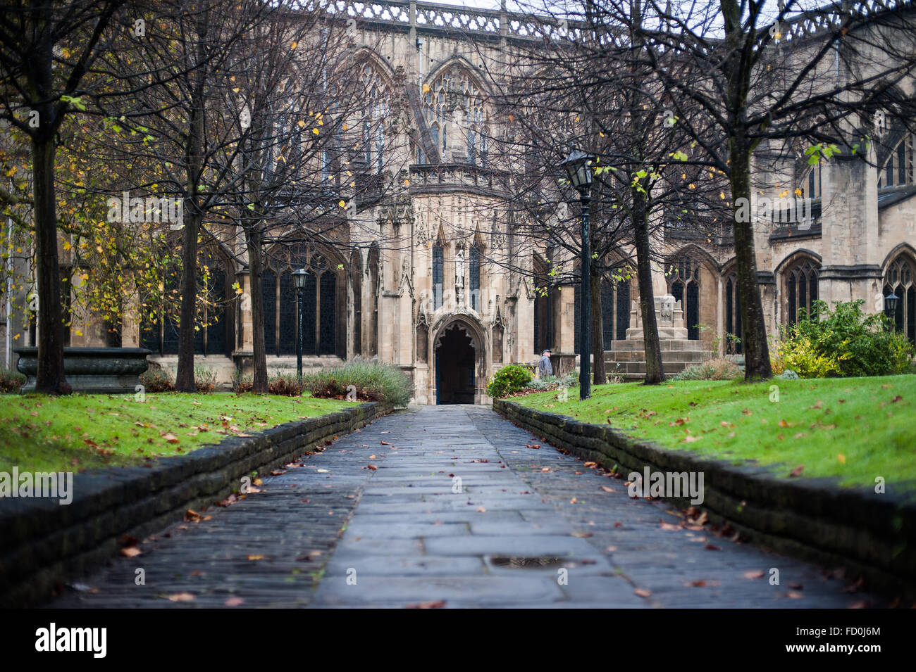 Entrance pathway to Temple Church in Bristol, England - Stock Image