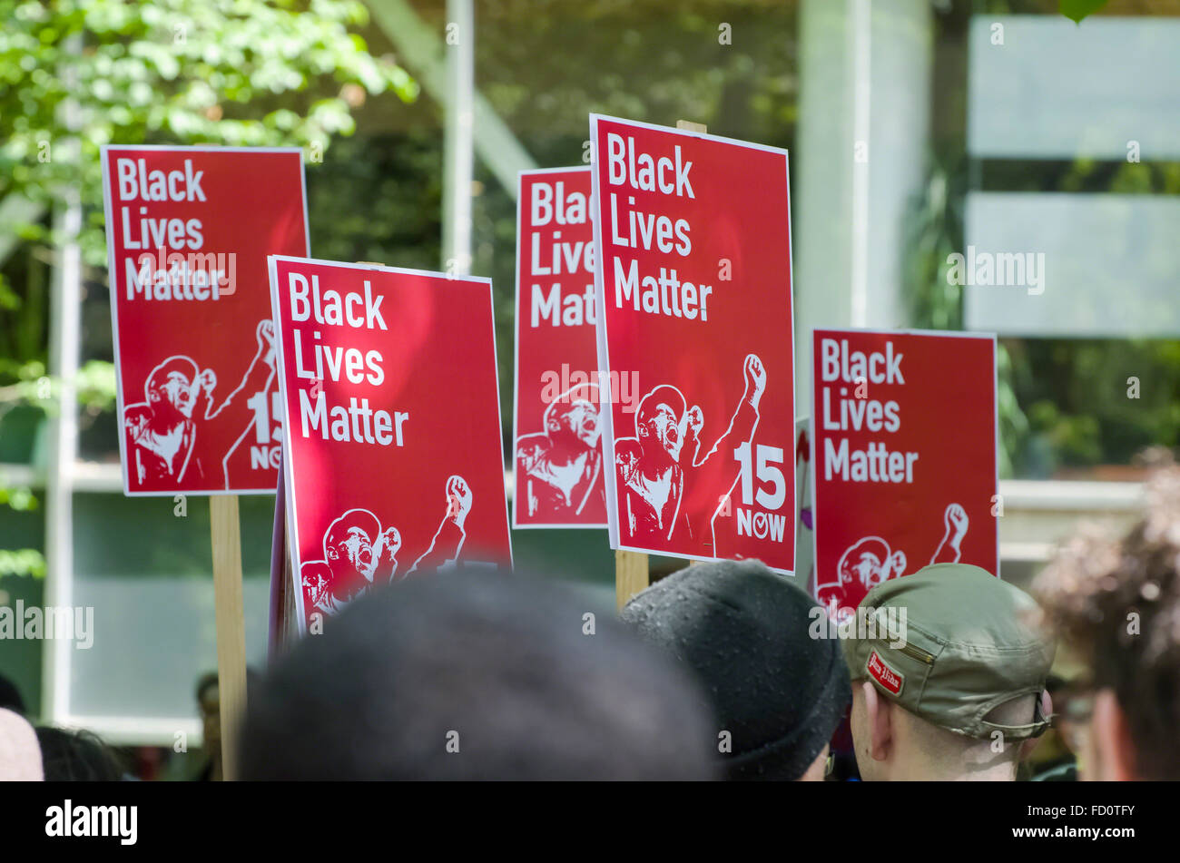Signs saying Black Lives Matter are carried by demonstrators at a 2015 Don't Shoot rally in Portland, Oregon - Stock Image