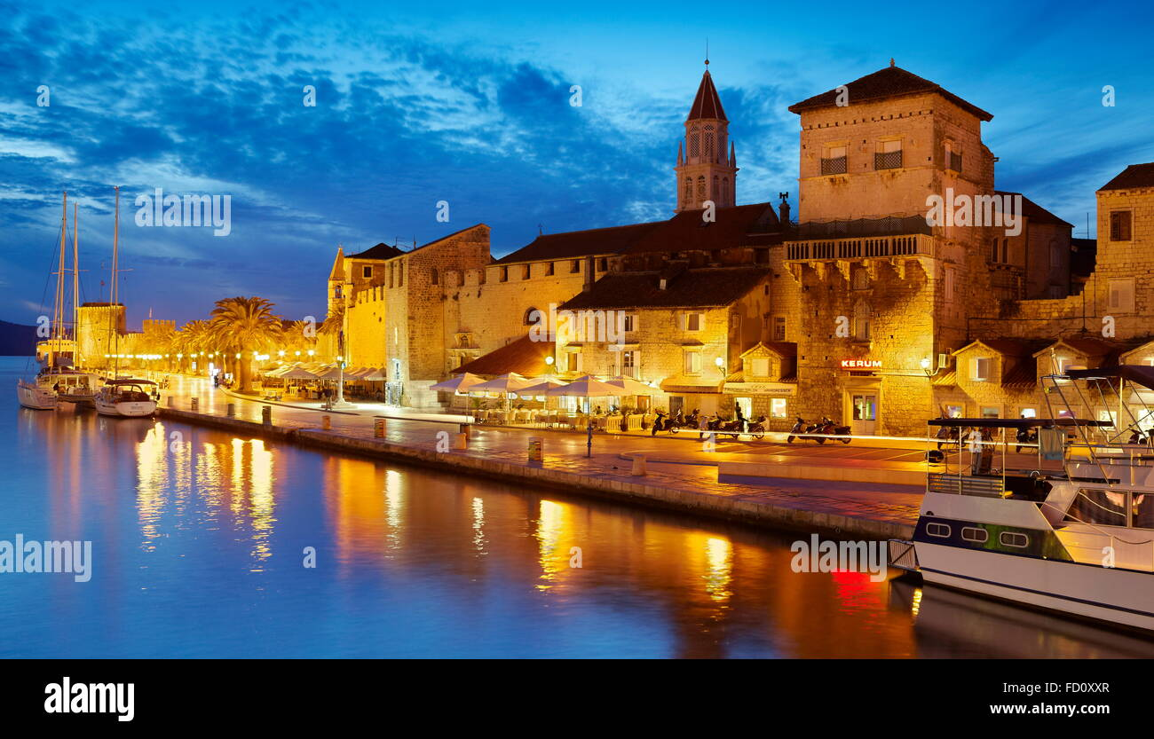 Trogir, seafront harbor in the Old Town in Trogir, Croatia - Stock Image