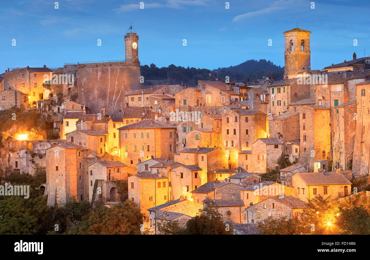 Evening view ot Sorano, Tuscany, Italy - Stock Image