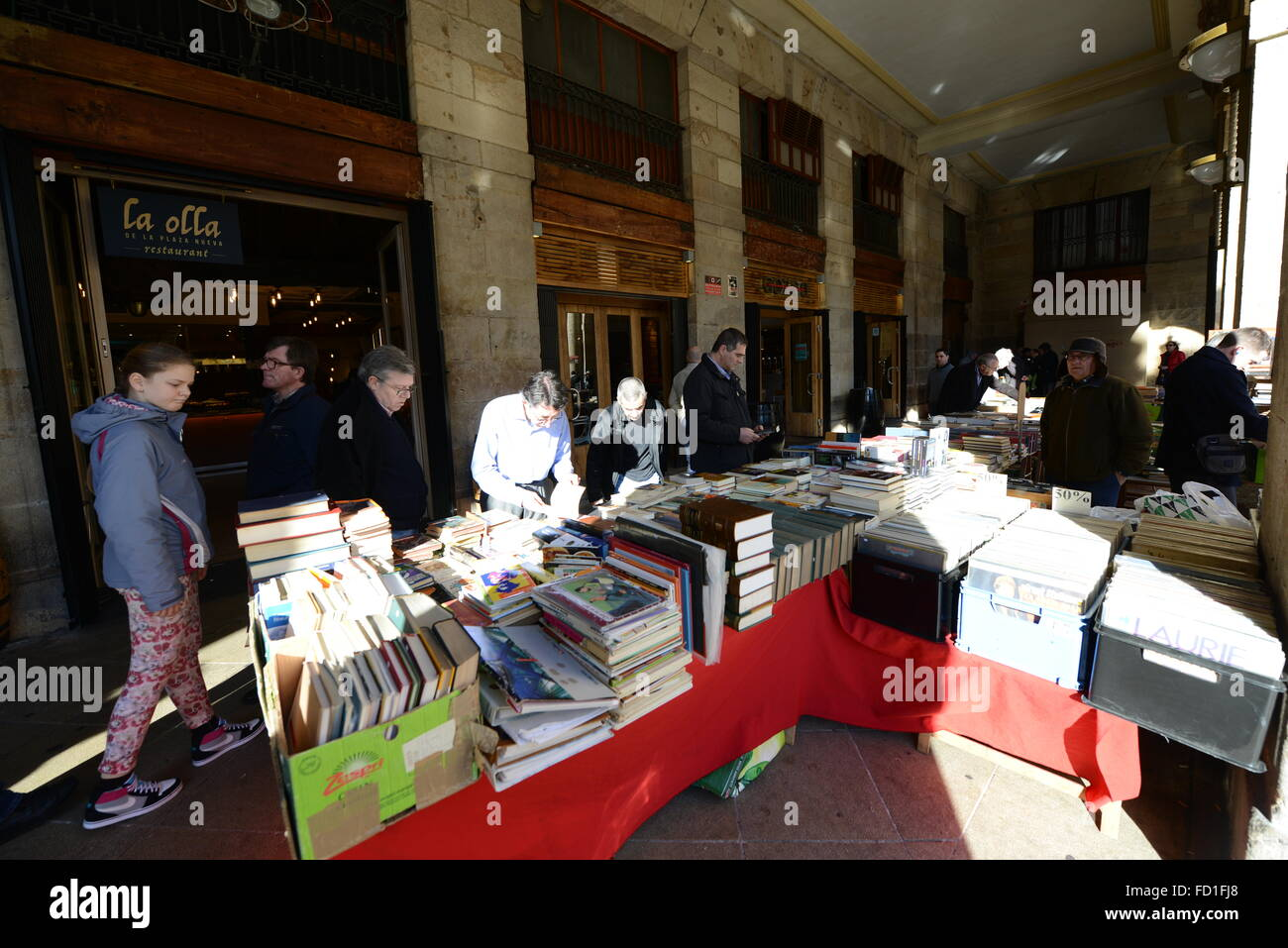 2nd hand books, records and antiques sold on Sunday's in Bilbao's Plaza Nueva. - Stock Image
