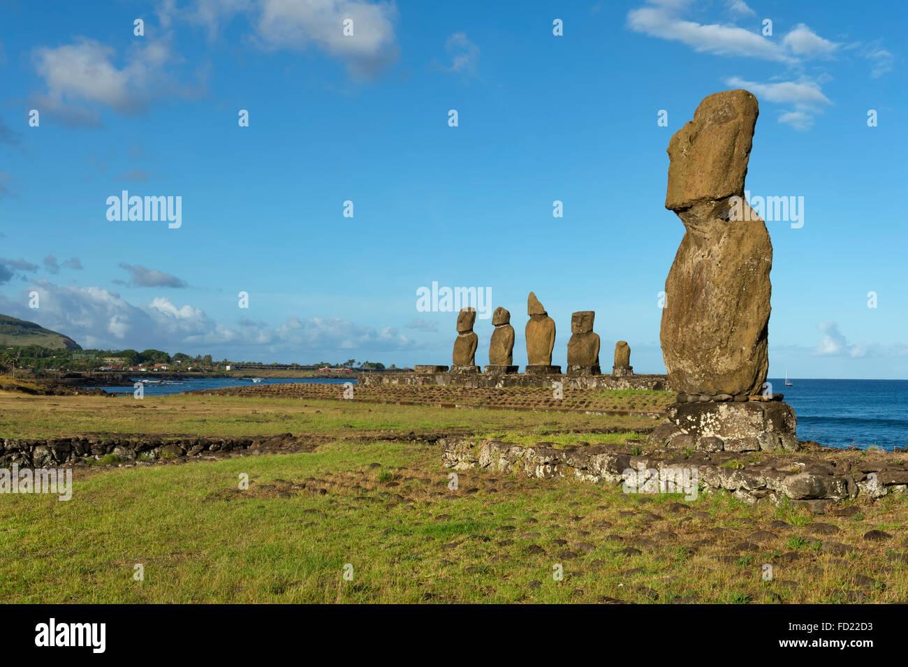 Moais, Hanga Roa, Rapa Nui National Park, Easter Island, Chile, Unesco World Heritage - Stock Image