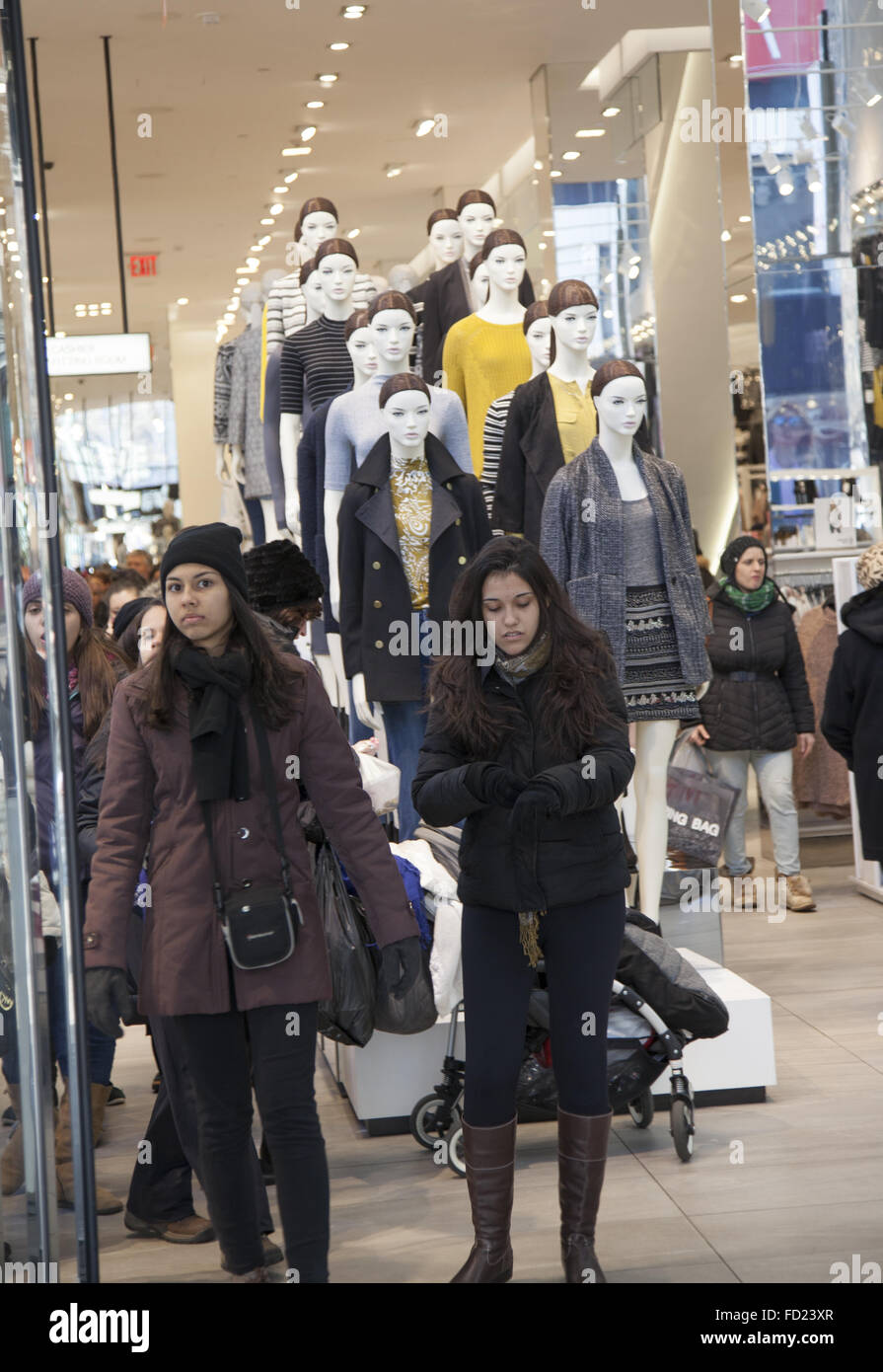 Young Women Exiting An H M Store At Broadway Near 34th Street A Stock Photo Alamy