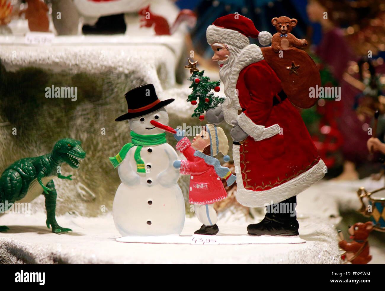 Schneemann stock photos schneemann stock images alamy - Schaufensterdekoration weihnachten ...