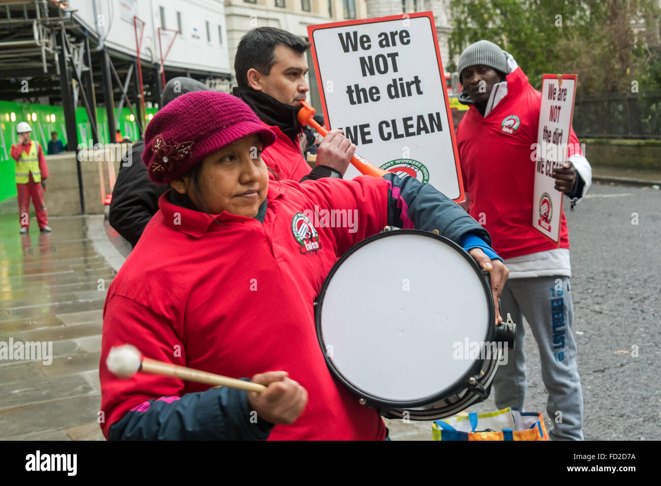 London, UK. 27th January, 2016. Grass-roots union IWGB hold a noisy protest with drums and plastic horns outside - Stock Image