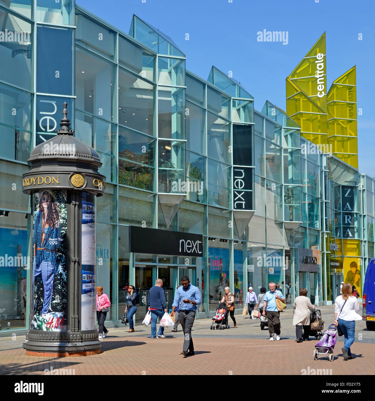 Croydon town centre pedestrianised shopping street with large Next store - Stock Image