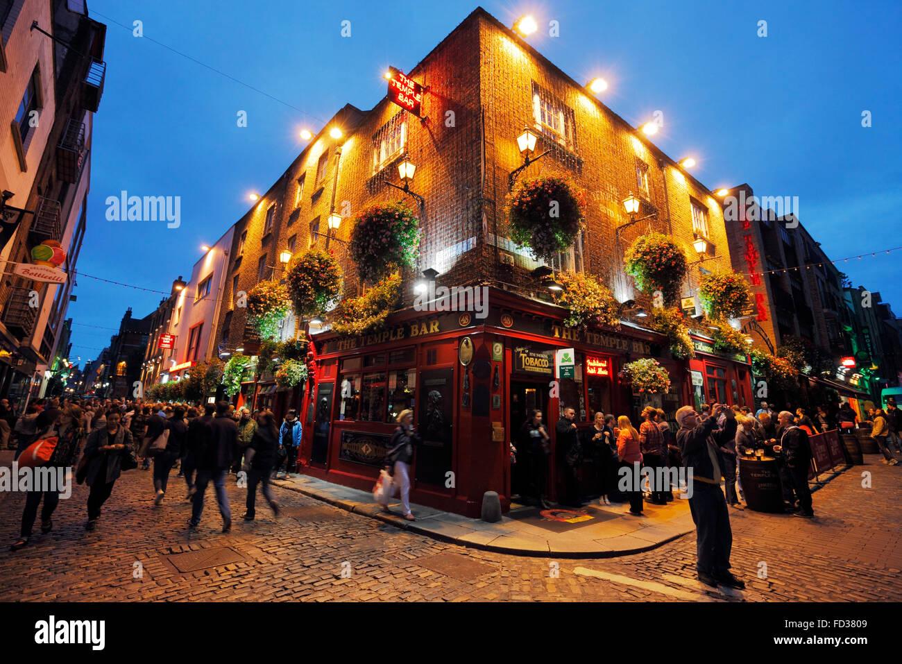 The Temple Bar in Dublin - Stock Image
