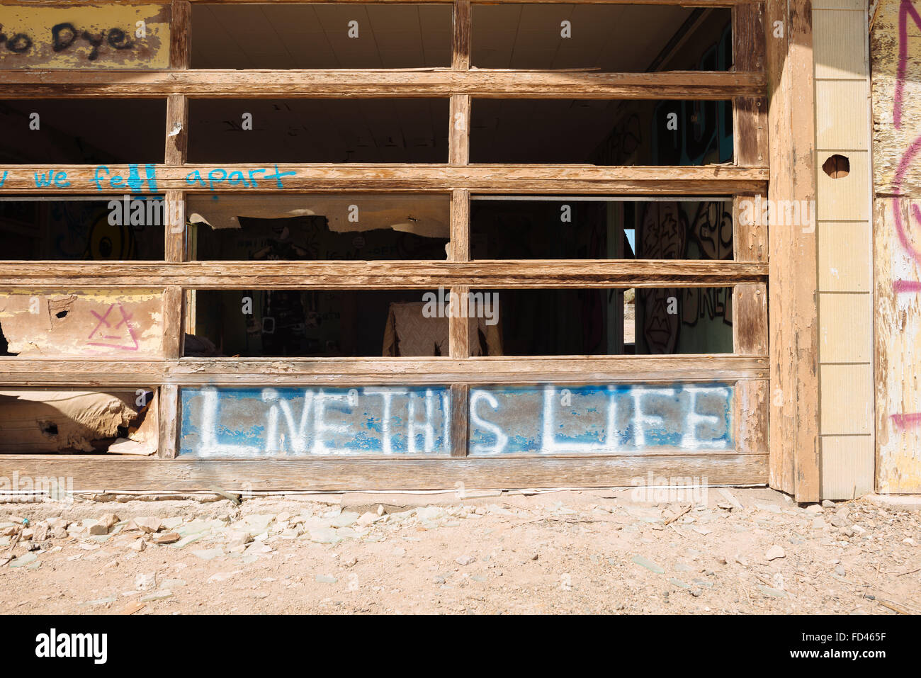 An abandoned building in Bombay Beach, California, on the eastern shore of the Salton Sea - Stock Image