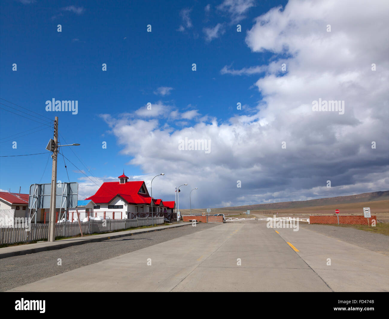 Cerro Castillo, Chilean border control into Argentina - Stock Image